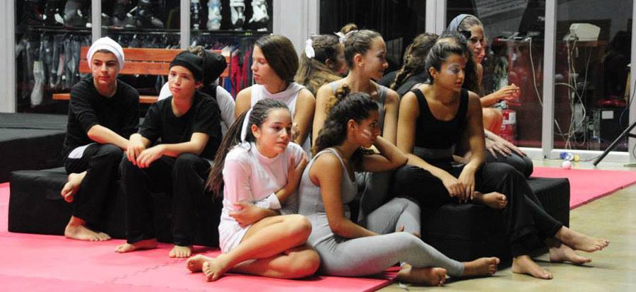 Rehearsal-Company-resting